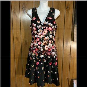 Jessica Simpson Floral Dress. Sz: 8